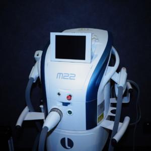 虹とM22(光治療器)